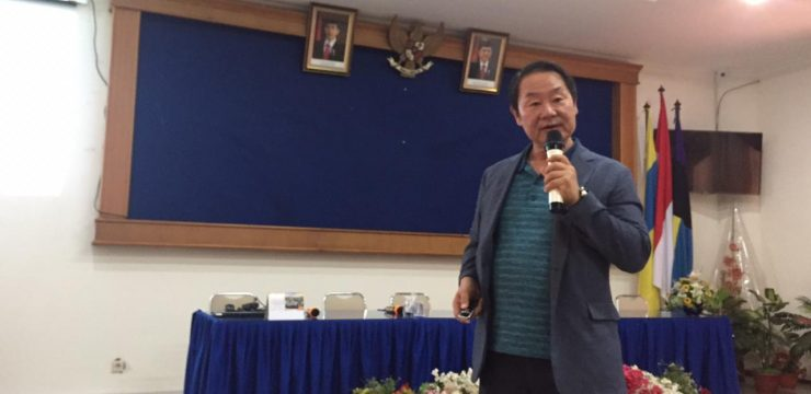 Adjunct Professor FST UNAIR Berikan Kuliah Tentang Pengembangan Bioproses